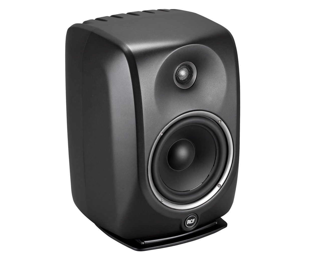 rcf mytho 8 active two way 8 inch studio monitor with dedicated dsp processing rcf13 mytho 8. Black Bedroom Furniture Sets. Home Design Ideas