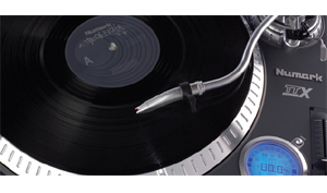 DJ Equipment Slipmats & Cartridges